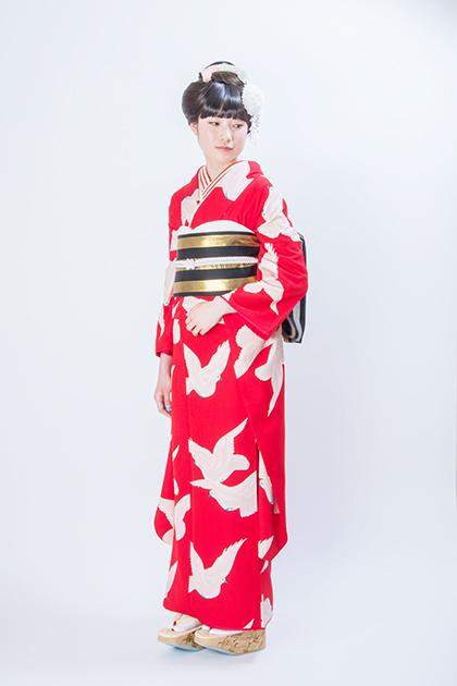 小松菜奈 成人式 鳥 振袖 赤 それいゆ インスタグラム 2016 赤地の振袖